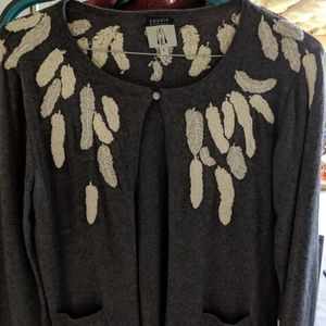 Accent sweater